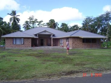 Uncle Amo (Eki) & Aunty Helena's new house in Upolu