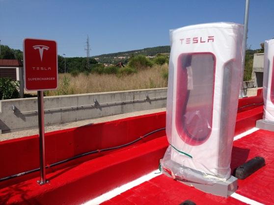 Girona Tesla Charge Station