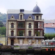 Bilbao Riverfront Walks 2015 (3)