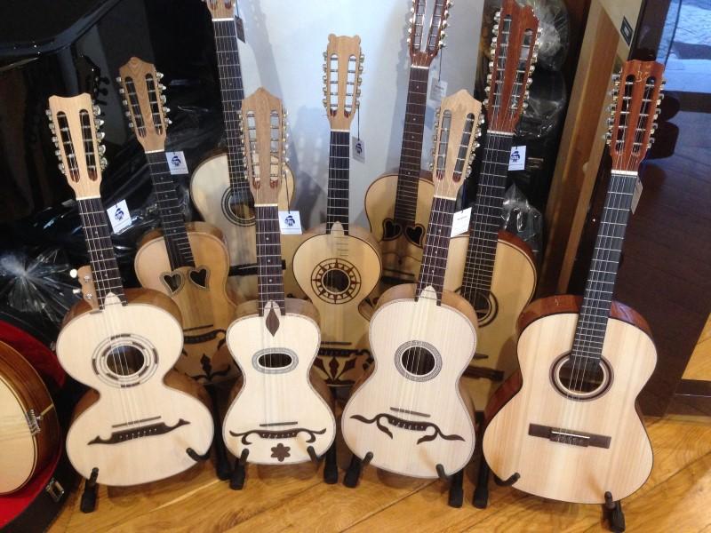Portugal Lisboa - Portuguese guitars
