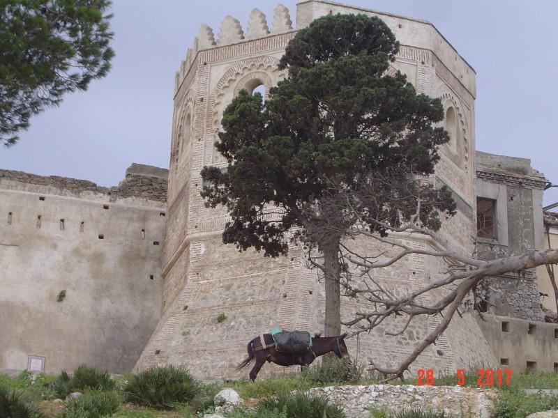 Maroc Tetouan - castle walls